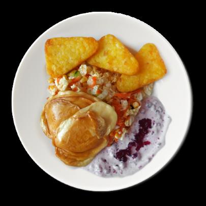 Grilovaný oštiepok na zeleninovom šaláte s brusnicovým dipom,zemiakové rosty