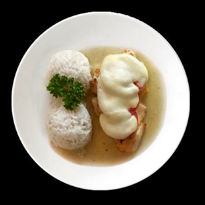 Gratinované kuracie prsia s paradajkou, mozzarellou a ryžou