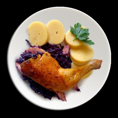 Kuracie stehno na červenej kapuste s jabĺčkom a červeným vínkom,domáci bezlepkový zemiakový knedlík