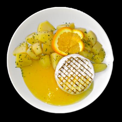 Grilovaný hermelín na pomarančovej omáčke,varené zemiaky s maslom