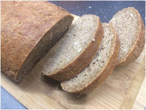 Bezlepkový chlieb od Lenky Mančíkovej - www.kolacebezprace.sk